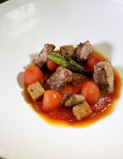 etimo Sopa de Tomate, LAgrima IbErica y Pimiento de Guernica - 1